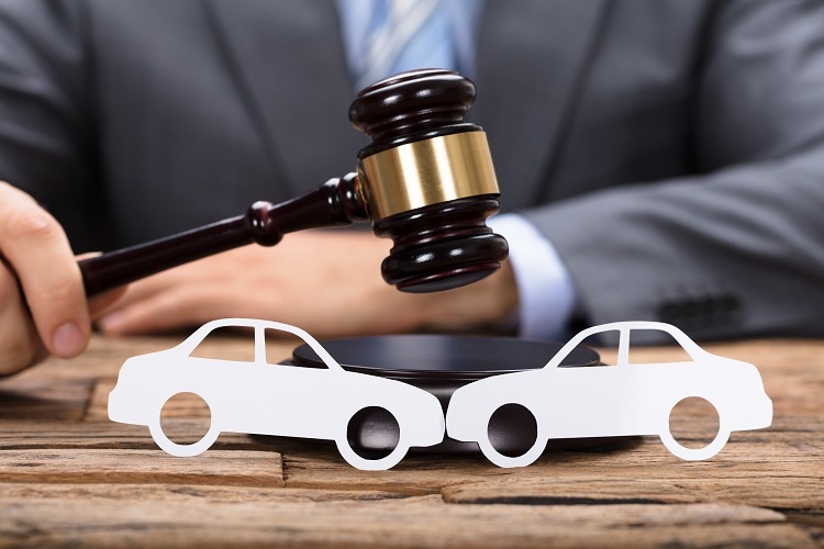 What Should We Know About Personal Injury Laws While Injured in a Car Accident?
