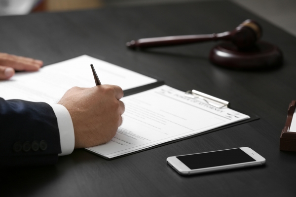 Can an Attorney Still Defend My Case If I Admit the Fault?