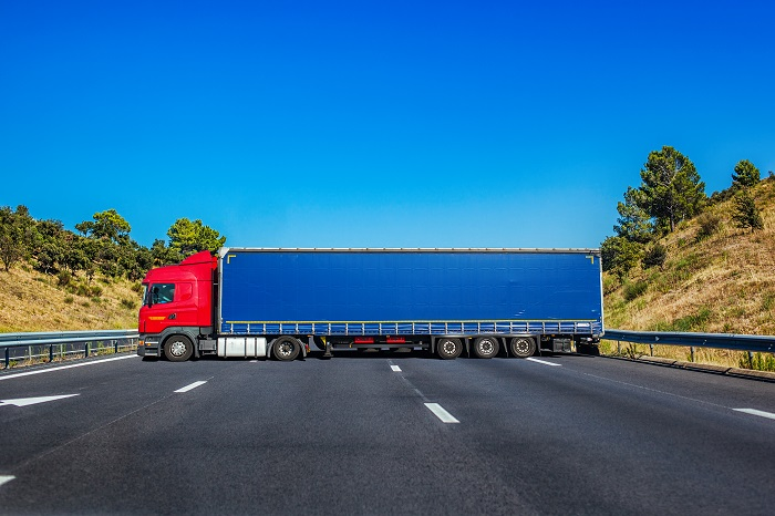 How to Deal with a Commercial Semi-Truck Accident That Was not your Fault?