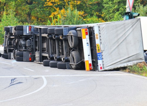 Some Risks Of Overloaded & Improperly Loaded Trucks On The Roads