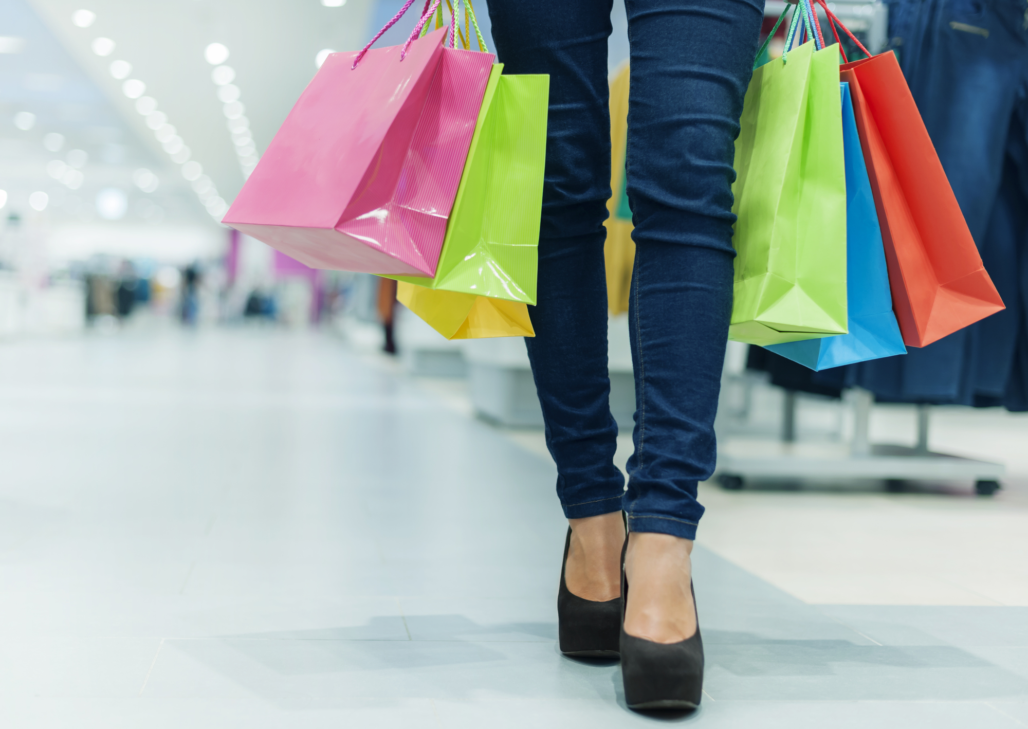 What Will You Do After Slip & Fall Accident In Christmas Shopping?